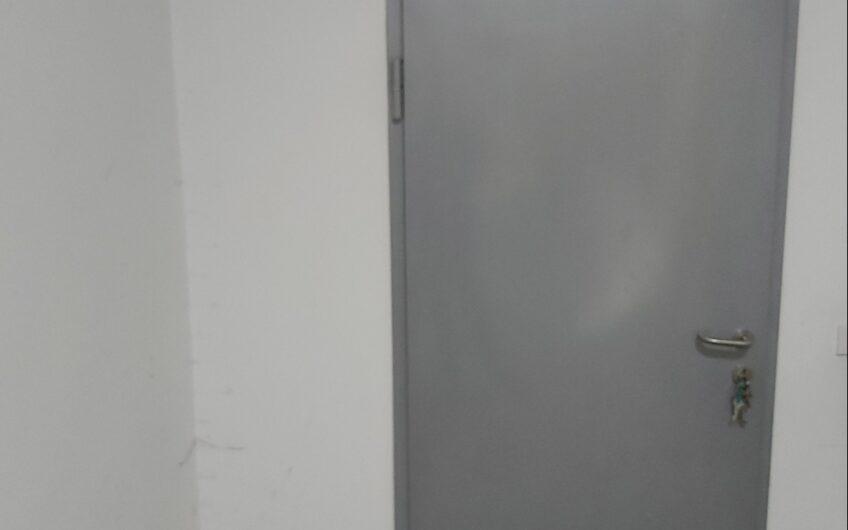 Batajnica, 57m², uknjizen, odličan prostor